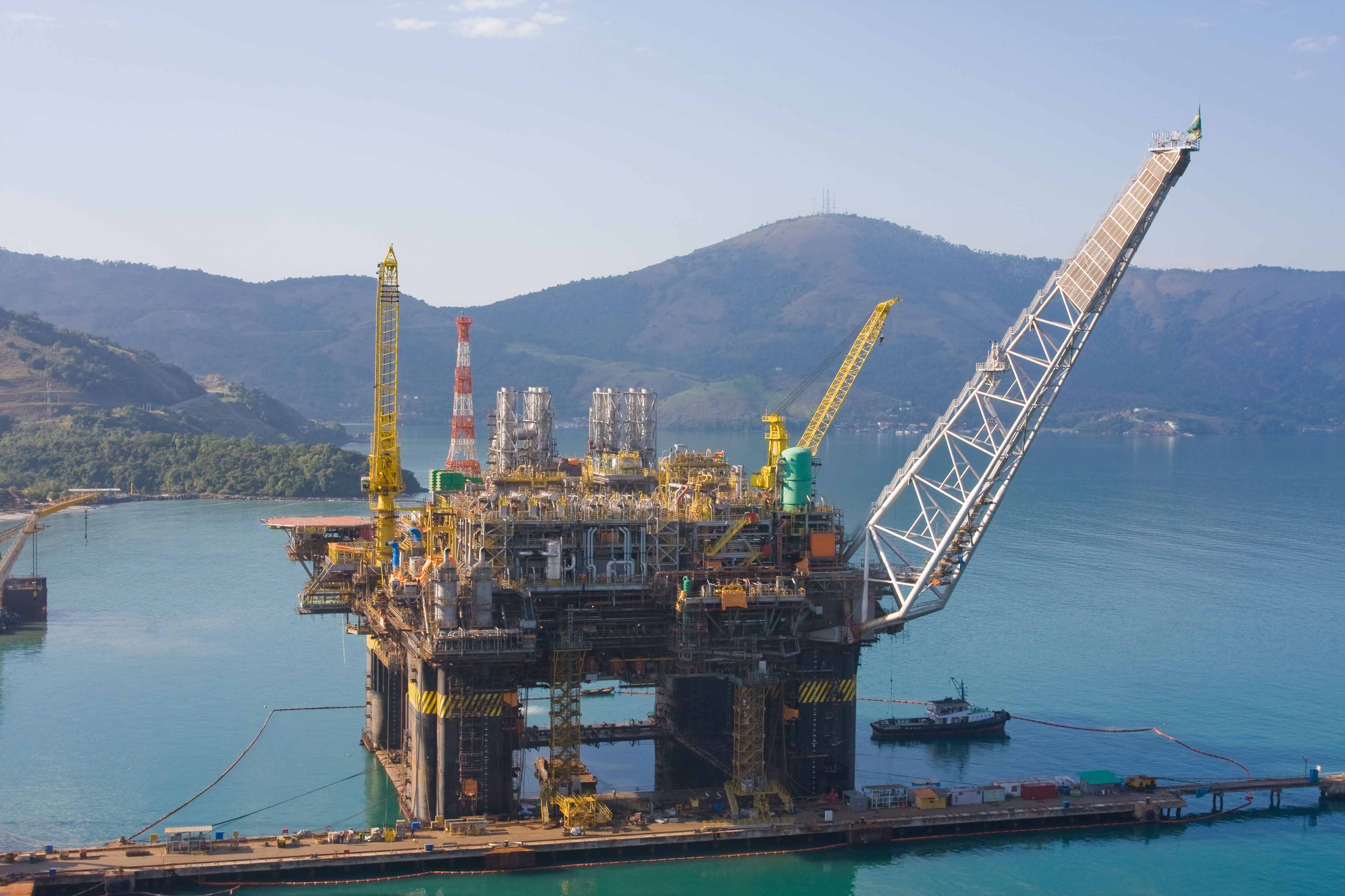 Petrobras' P-51 floating production unit in Rio de Janeiro. The company is focused on divesting and... [+] deleveraging and will not shy away from letting foreign companies partner more closely in its prized deep sea oil fields.